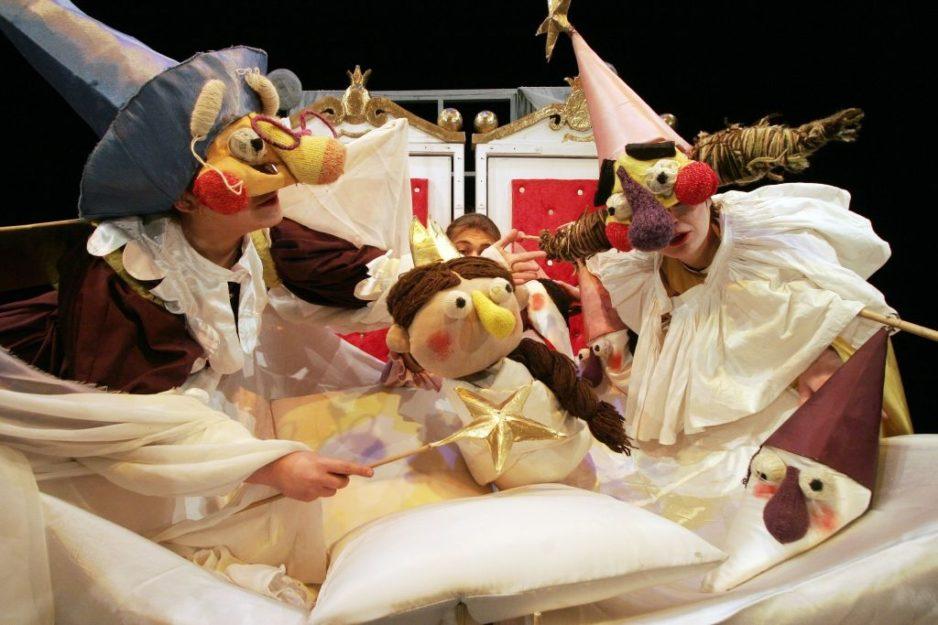 Baśń Śpiąca Królewna uczy, bawi i wzrusza